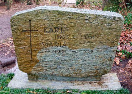 Grabsteinreinigung: Karl und Maria 01